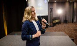 Kati Sharp bietet mit ihren BGM-Programmen Fitness, Gesundheit und Produktivität für Unternehmerinnen & Führungsfrauen