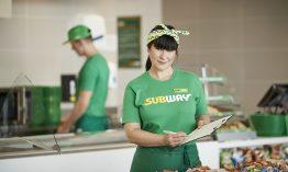 Teuta Similjini ist Restaurant Managerin und bald Franchisenehmerin bei SUBWAY | Sie möchte Frauen ermutigen, sich eine Führungsposition zuzutrauen